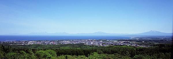 夏の知床連山 (1).jpg