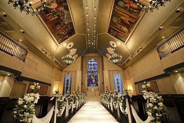 「Maria Chapelle Mariveil Kashiwa」典雅華麗的禮堂。