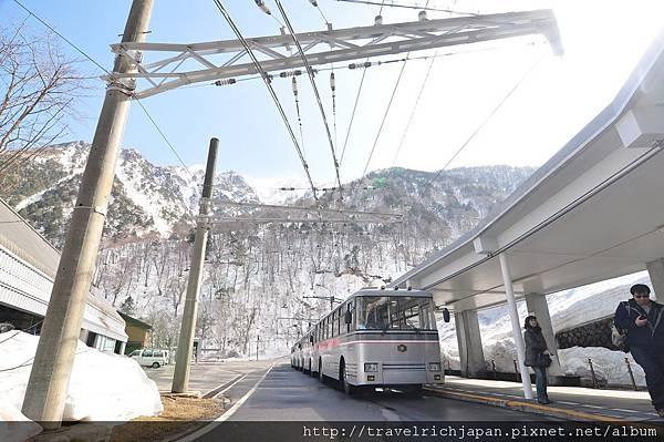 關西電力隧道無軌巴士
