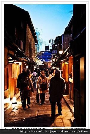 京都祇園的老巷道.jpg