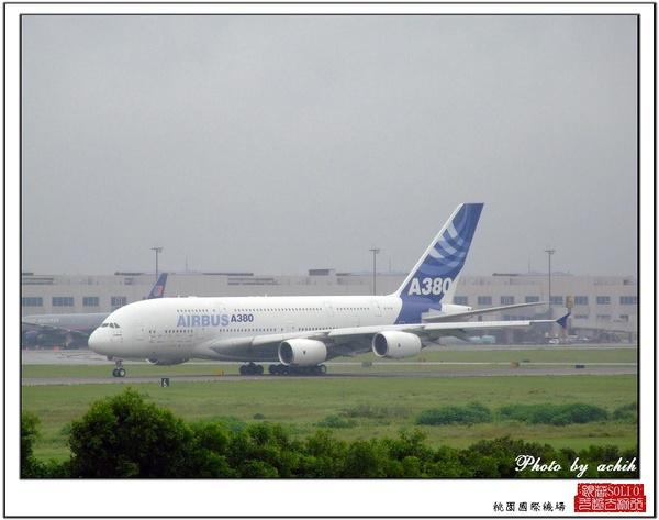 AIRBUS A380-841 F-WWJB26.jpg