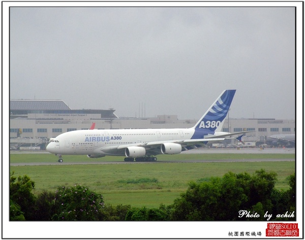 AIRBUS A380-841 F-WWJB28.jpg