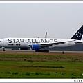 聯合航空N218UA星空聯盟機03.jpg