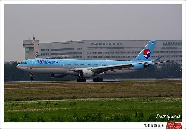 大韓航空HL7587.jpg