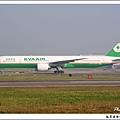 長榮航空B-16707客機.jpg