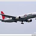 JAL JA633J貨機02.jpg