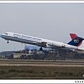 華信航空B-12293客機01.jpg