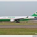長榮航空B-16302客機.jpg