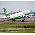 長榮航空B-16307客機01.jpg