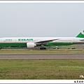 長榮航空B-16708客機03.jpg