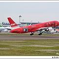 遠東航空B-27013客機01.jpg