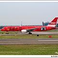 遠東航空B-27013客機.jpg
