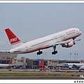 遠東航空B-27017客機.jpg