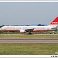 遠東航空B-27021客機.jpg