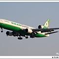 長榮航空B-16112客機01.jpg
