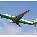 長榮航空B-16305客機01.jpg