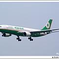 長榮航空B-16312客機01.jpg