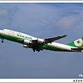 長榮航空B-16409客機01.jpg