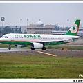 長榮航空B-22310客機.jpg