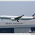 國泰航空B-HLH客機02.jpg
