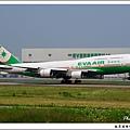 長榮航空B-16407客機.jpg