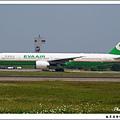 長榮航空B-16710客機.jpg