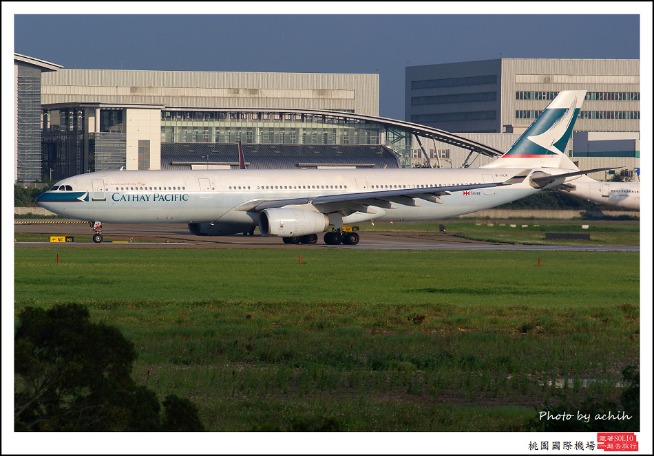 國泰航空B-HLK客機003.jpg