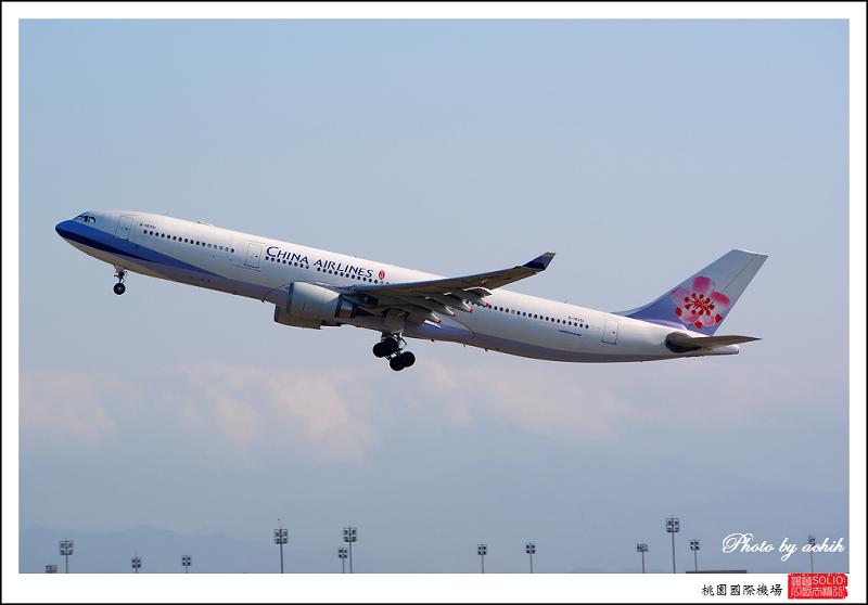 中華航空B-18351客機002.jpg