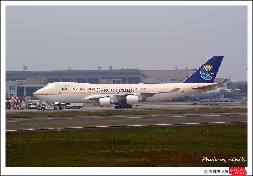 沙烏地航空HL7426(TF-AMU)貨機.jpg