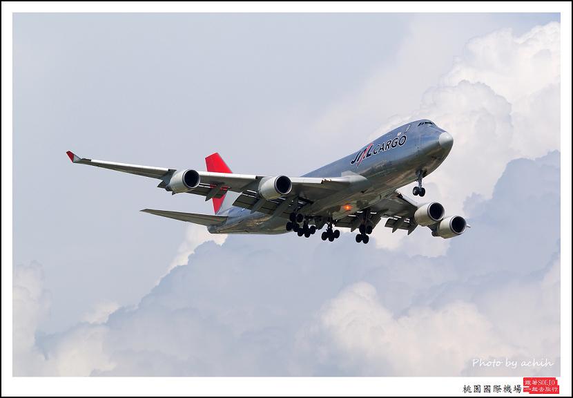 JAL JA402J貨機002.jpg