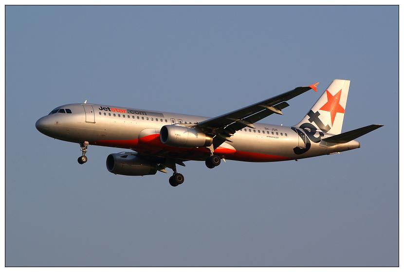 捷星航空9V-JSH客機001.jpg