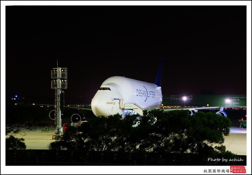 Boeing 747-4H6(LCF)N718BA貨機001.jpg