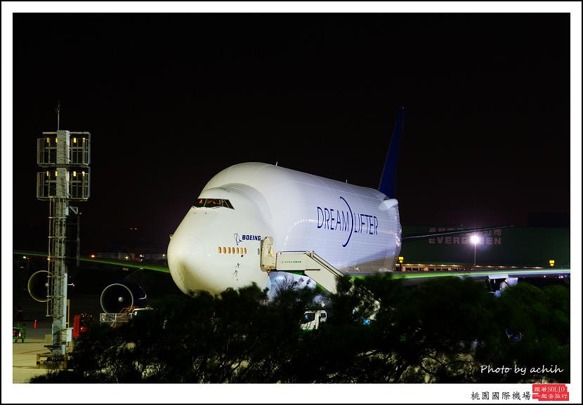 Boeing 747-4H6(LCF)N718BA貨機003.jpg