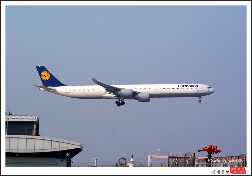 德國漢莎航空D-AIHC客機.jpg