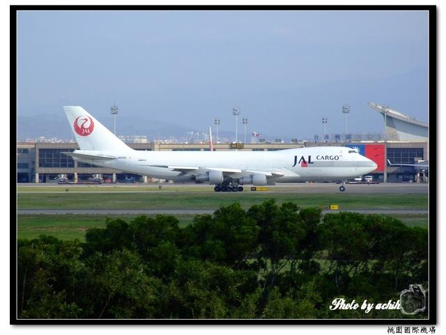 日本航空JA8165貨機.jpg