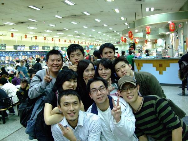 http://f4.wretch.yimg.com/jasperyang/33/1576357443.jpg