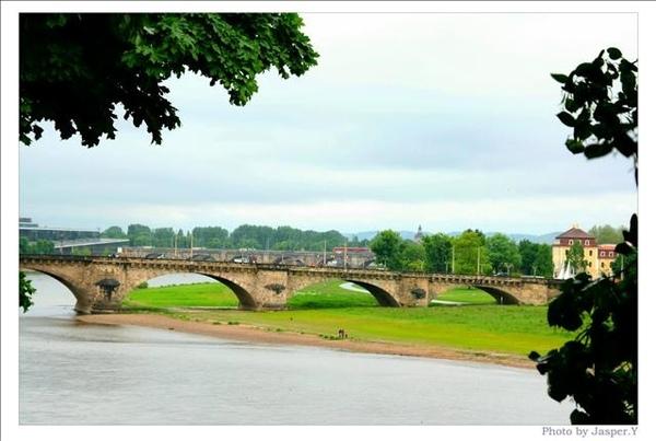 易北河舊橋