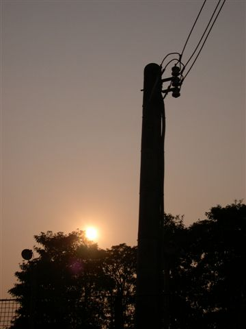 黃昏ㄌ-跟電線桿