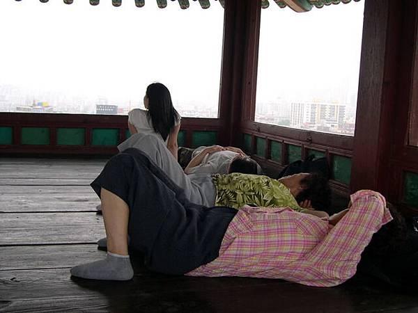 華城-角樓是睡覺的地方