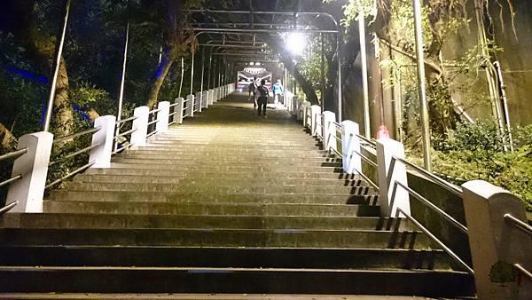 105.04.08財神廟+董記水餃 (12)