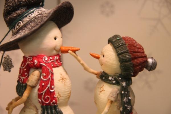 溫馨的雪人對話