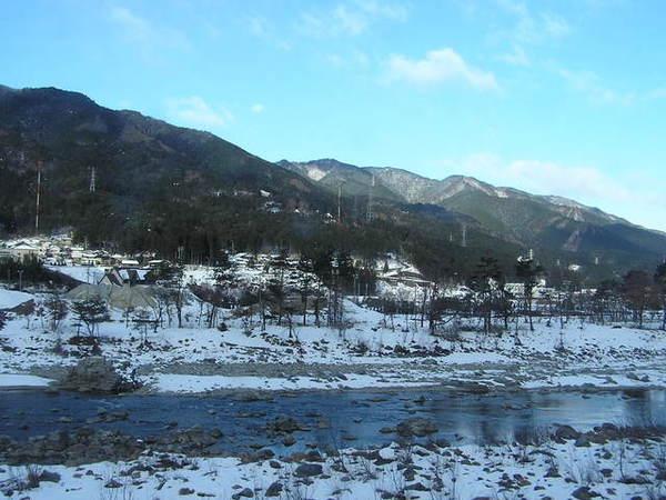 飛驒川車景.JPG