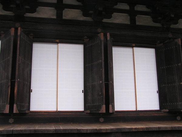 透光的紙窗.JPG
