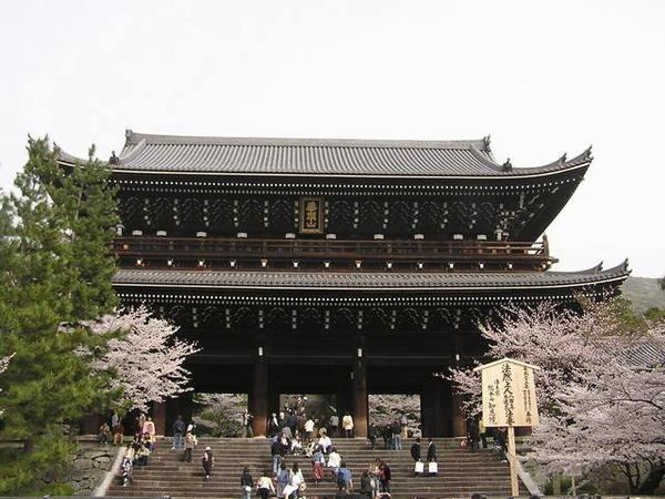 日本最大的三門.JPG