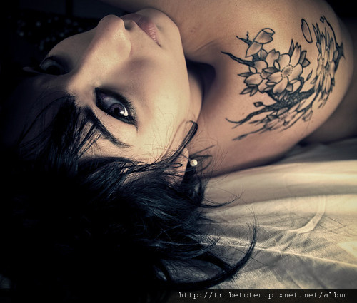 tattoos,girl,vintage,tattoo,woman,beauty-3969e73a7e6d8d232daa99eb209eb7a9_h