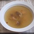 東革阿里雞湯