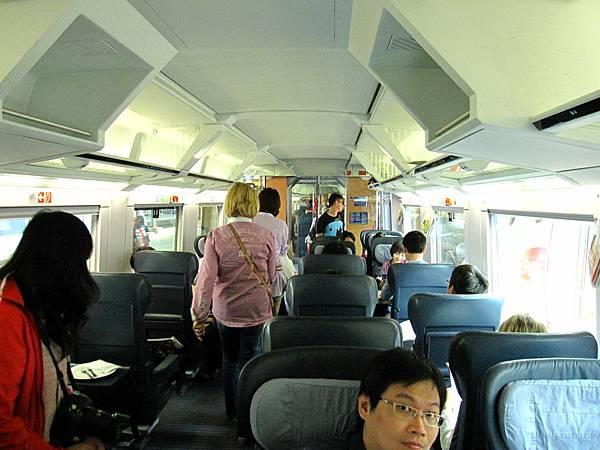 A等車廂的座位果然大又舒適