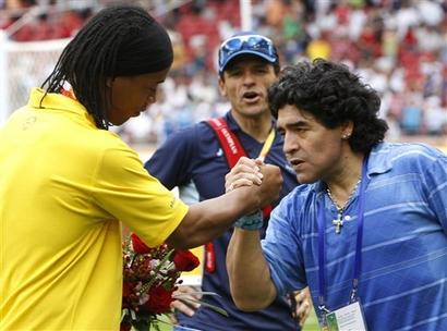 capt_c8a80fb80d9f42b498c6563c020aebce_beijing_olympics_soccer_mens_final_olyso245.jpg