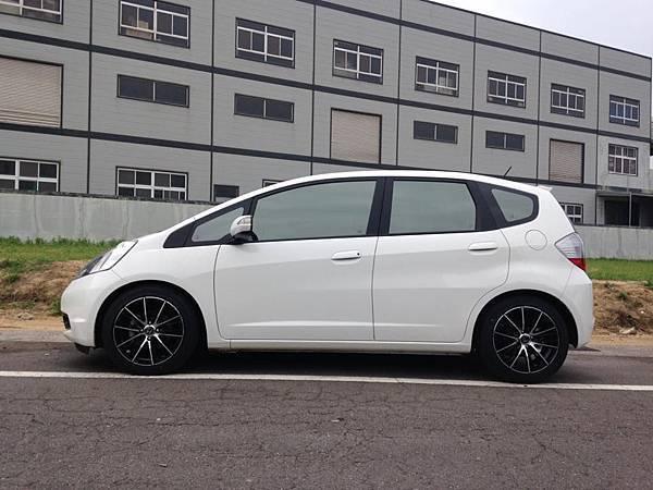 Honda FIT GE_01.jpg