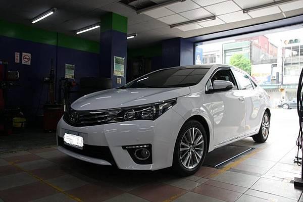 Corolla Altis MK11_01.jpg